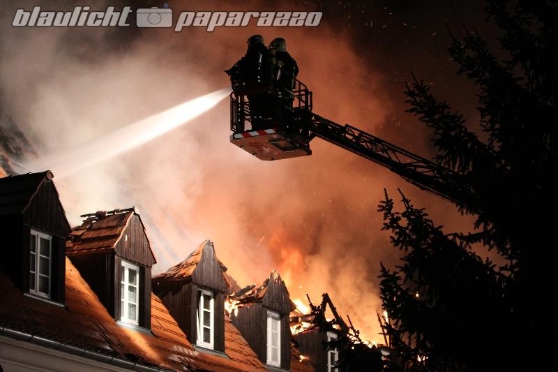 Großbrand in Lauta - Probleme beim Löschen