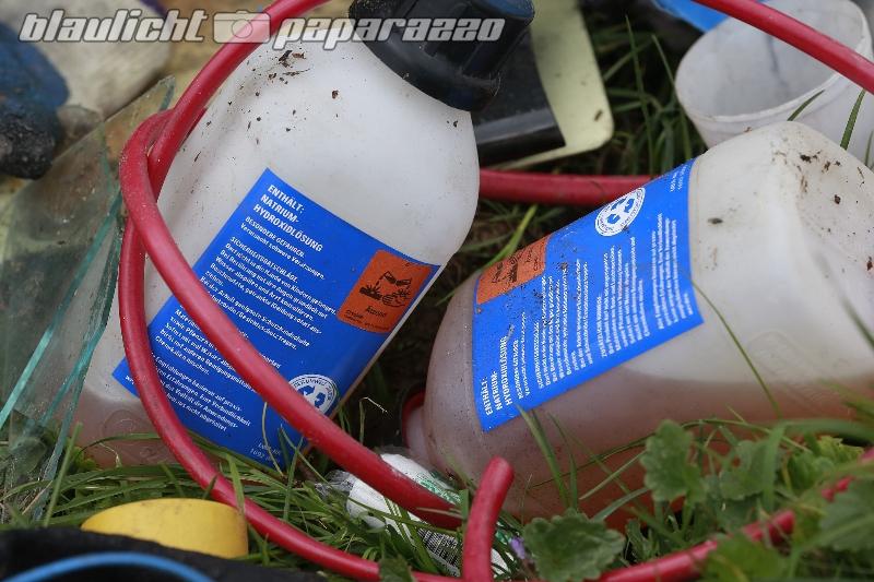 Ohorn: Unbekannte entsorgen Giftmüll am Straßenrand