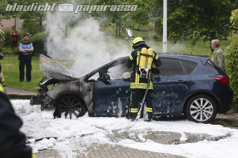 Vor 14 Tagen gekauftes Auto abgebrannt