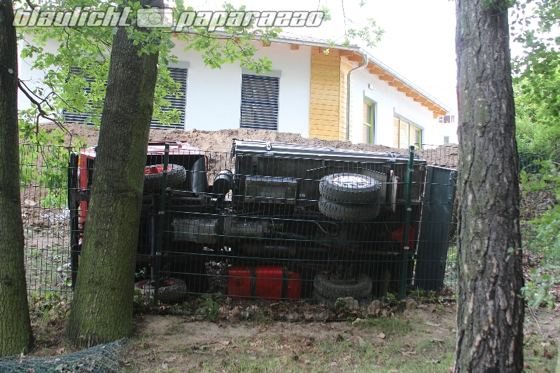 Bautzen: Multicar überschlagen