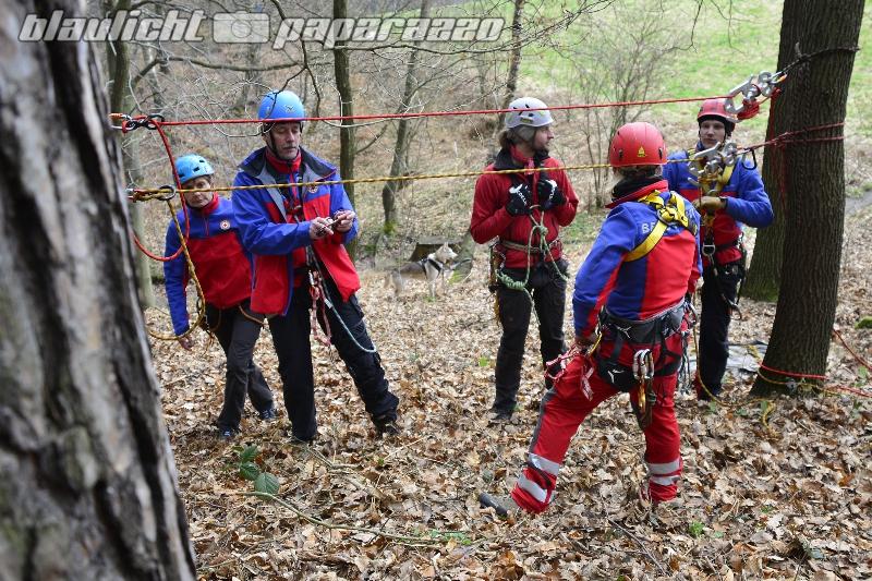 Bergwacht übt in der Sächsischen Schweiz