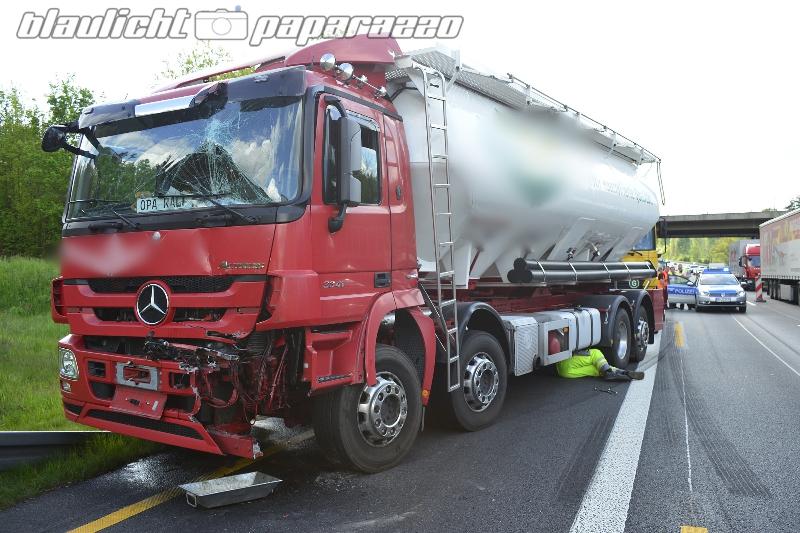 Brummi-Crash auf der A4 bei Hermsdorf