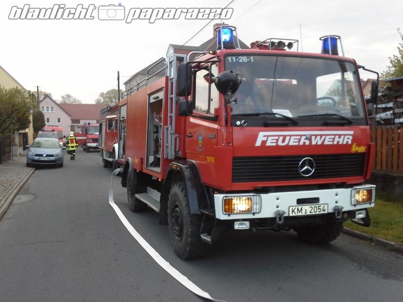 Männertag: Brand in Königsbrücker Sägewerk | Blaulicht-Paparazzo