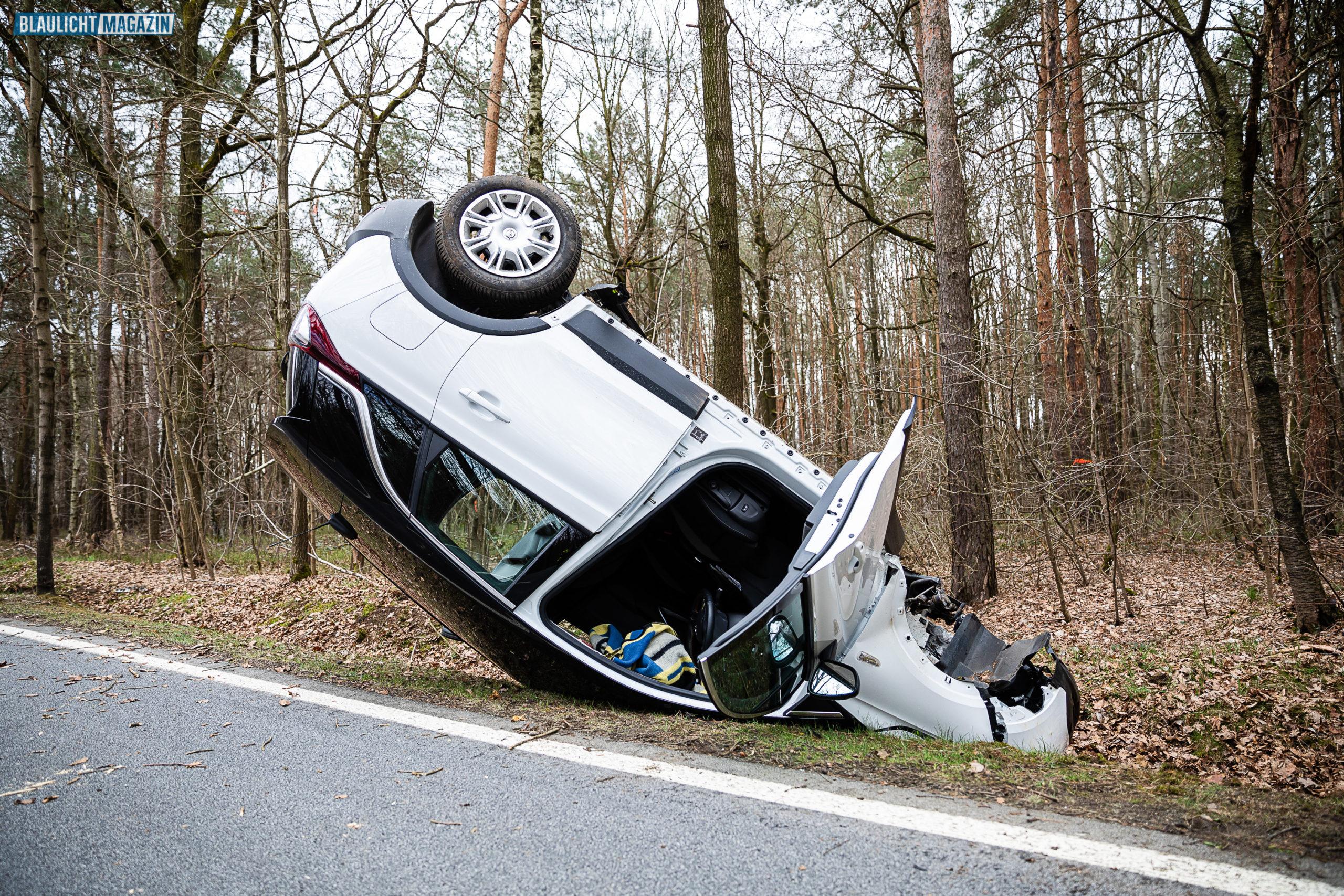 Unfall-84-j-hriger-berschl-gt-sich-mit-PKW