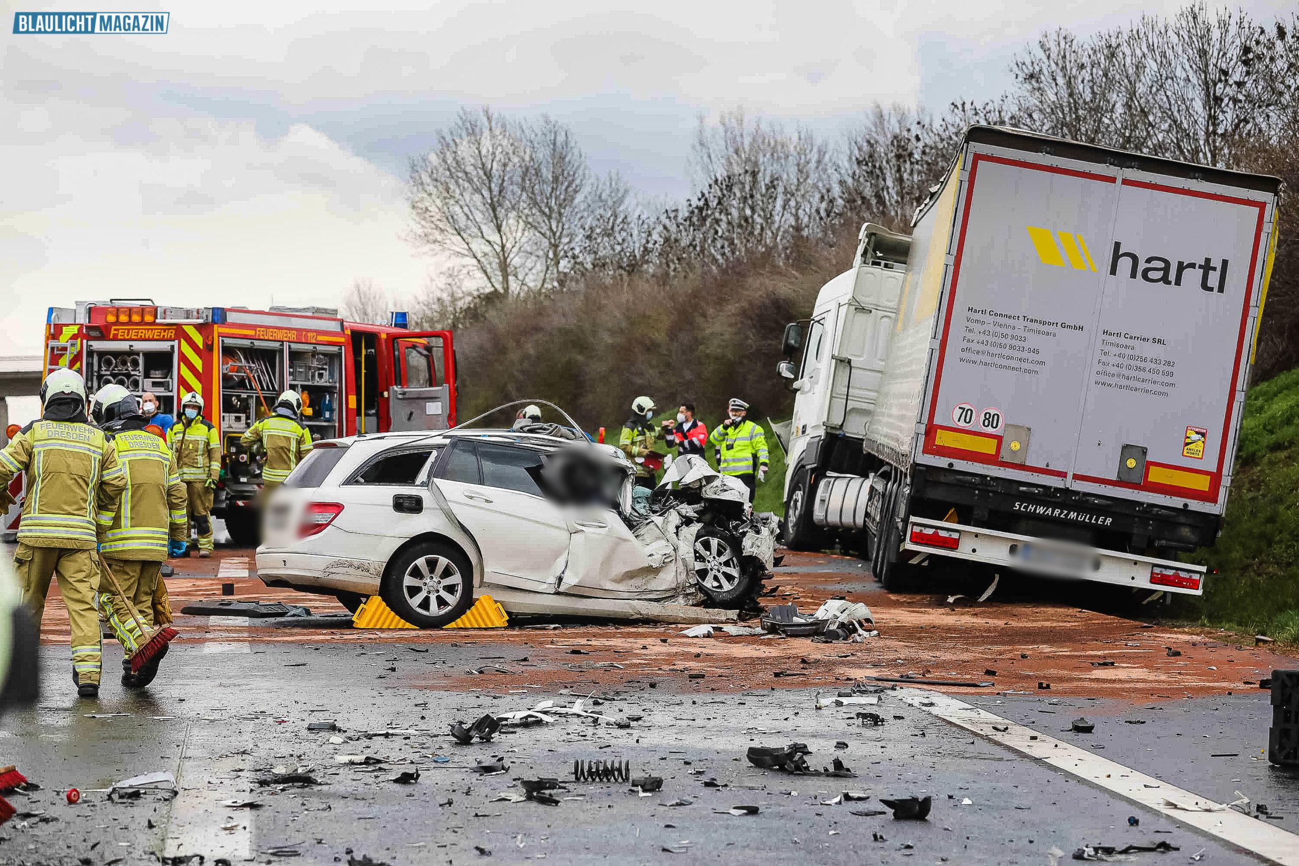 T-dlicher-Unfall-in-Autobahn-Baustelle-bei-Dresden