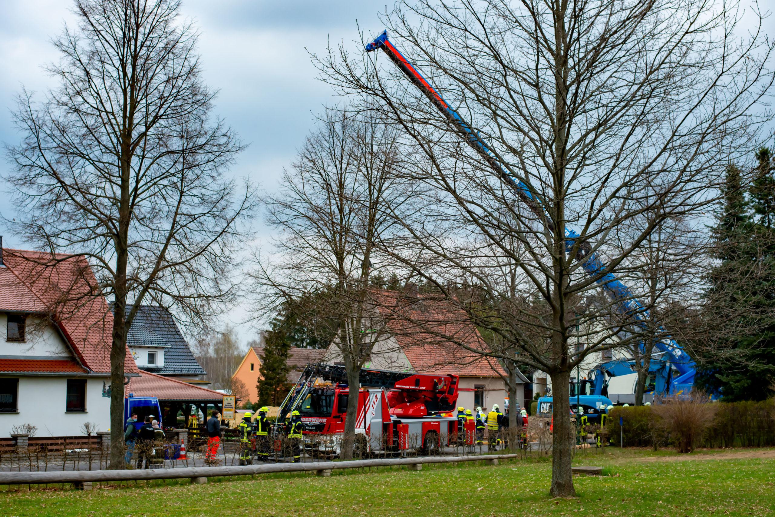 Tragischer-Unfall-Hauswand-st-rzt-ein-und-versch-ttet-Bauherrn